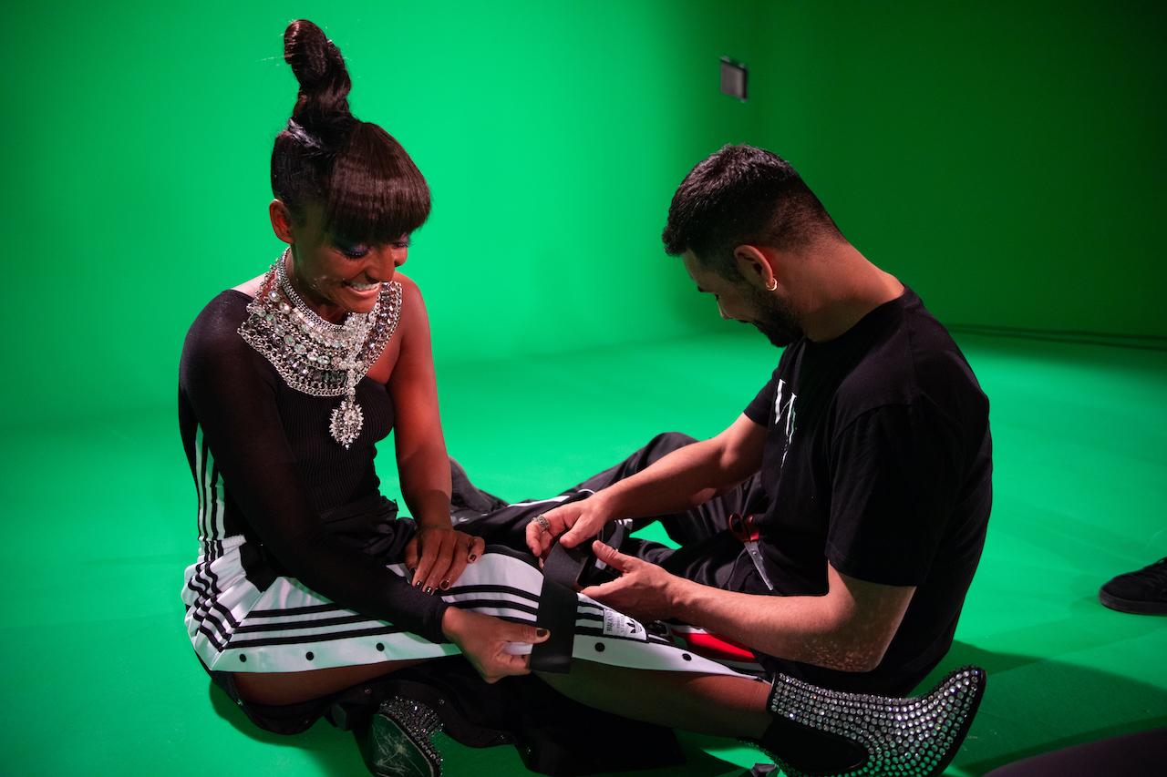 Dark Room Backstage del videoclip
